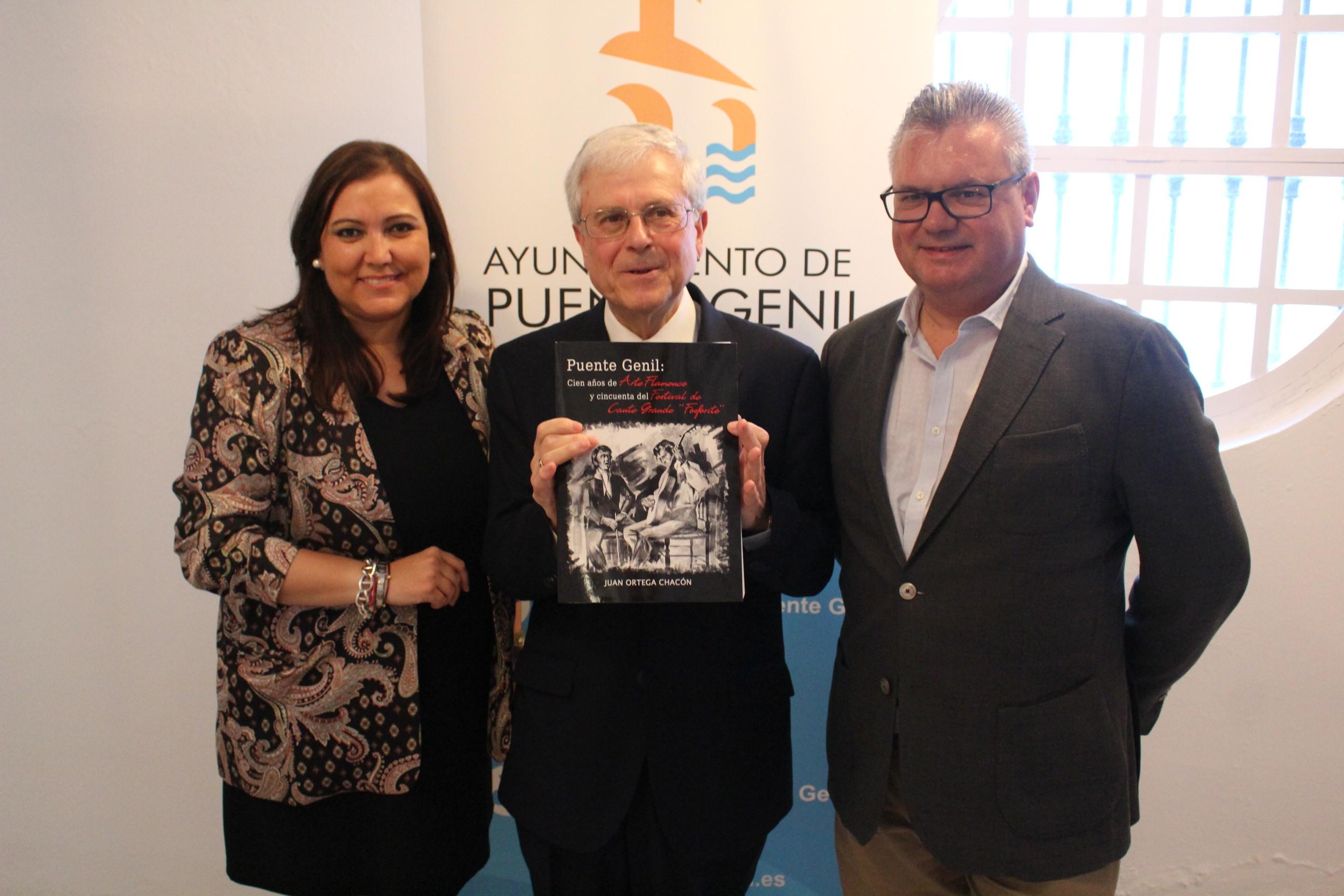 Juan Ortega presenta una gran obra que recoge la historia del flamenco en Puente Genil