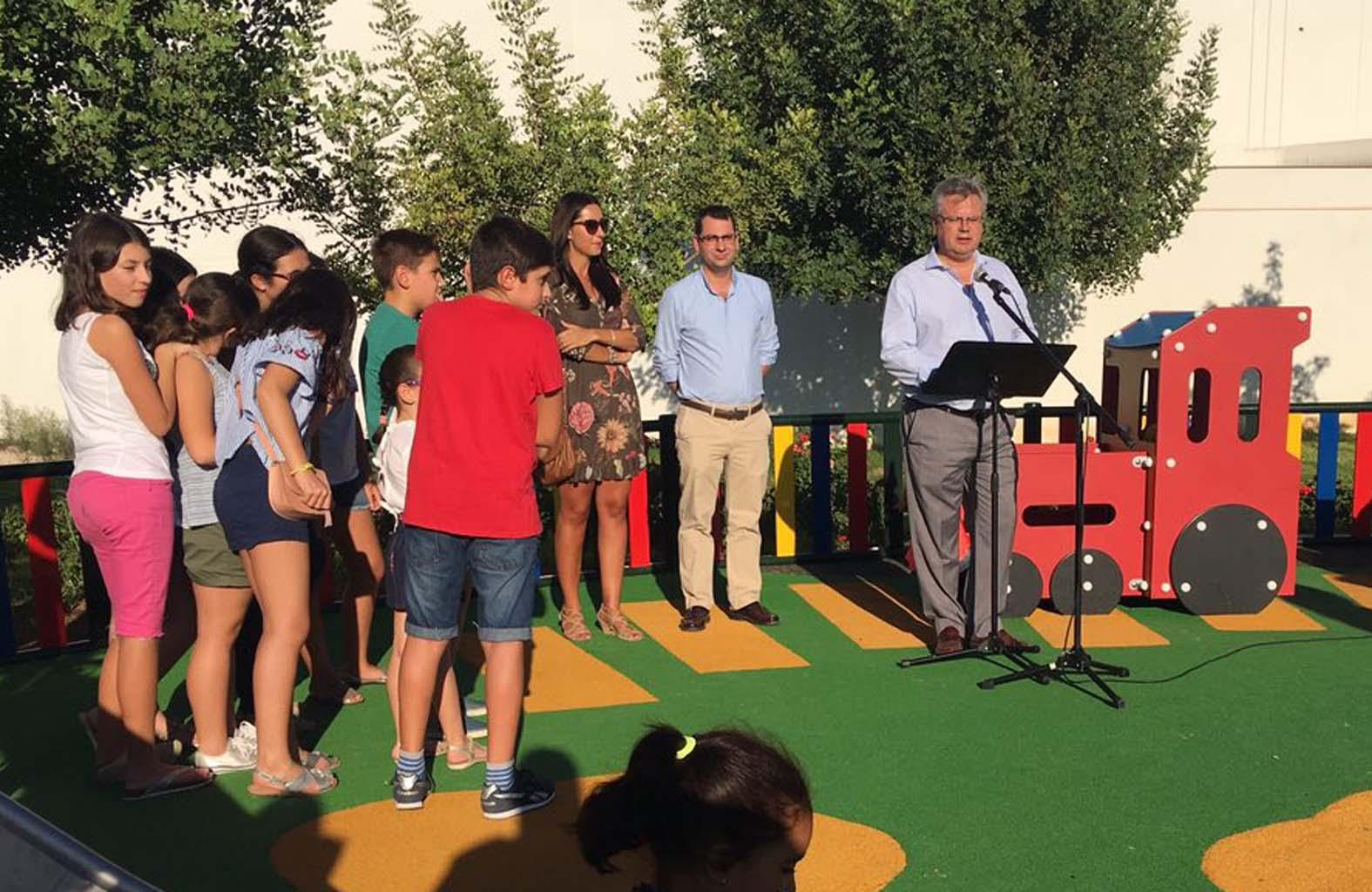 Inauguración del nuevo parque infantil