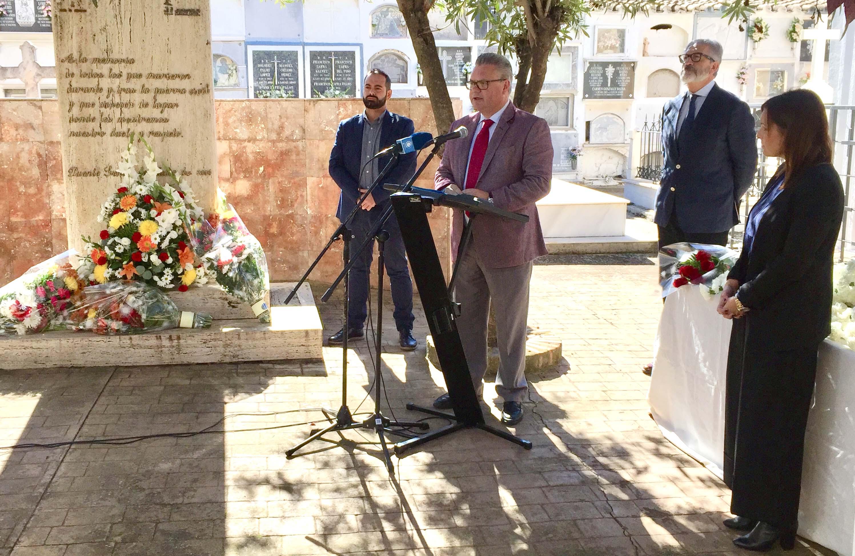 Intervenciones ante el monumento