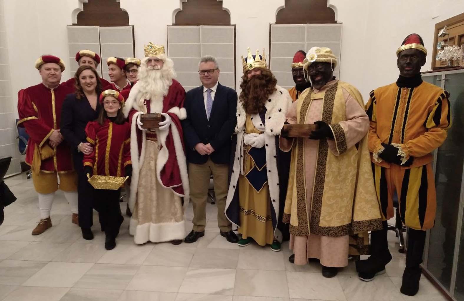 Los Reyes en la Alcaldía