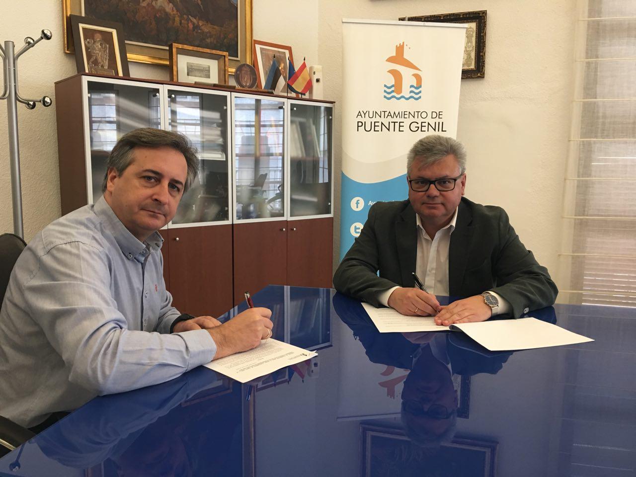 El Ayuntamiento y la Hermandad y Cofradía de Nuestra Señora de los Desamparados suscriben un convenio de colaboración
