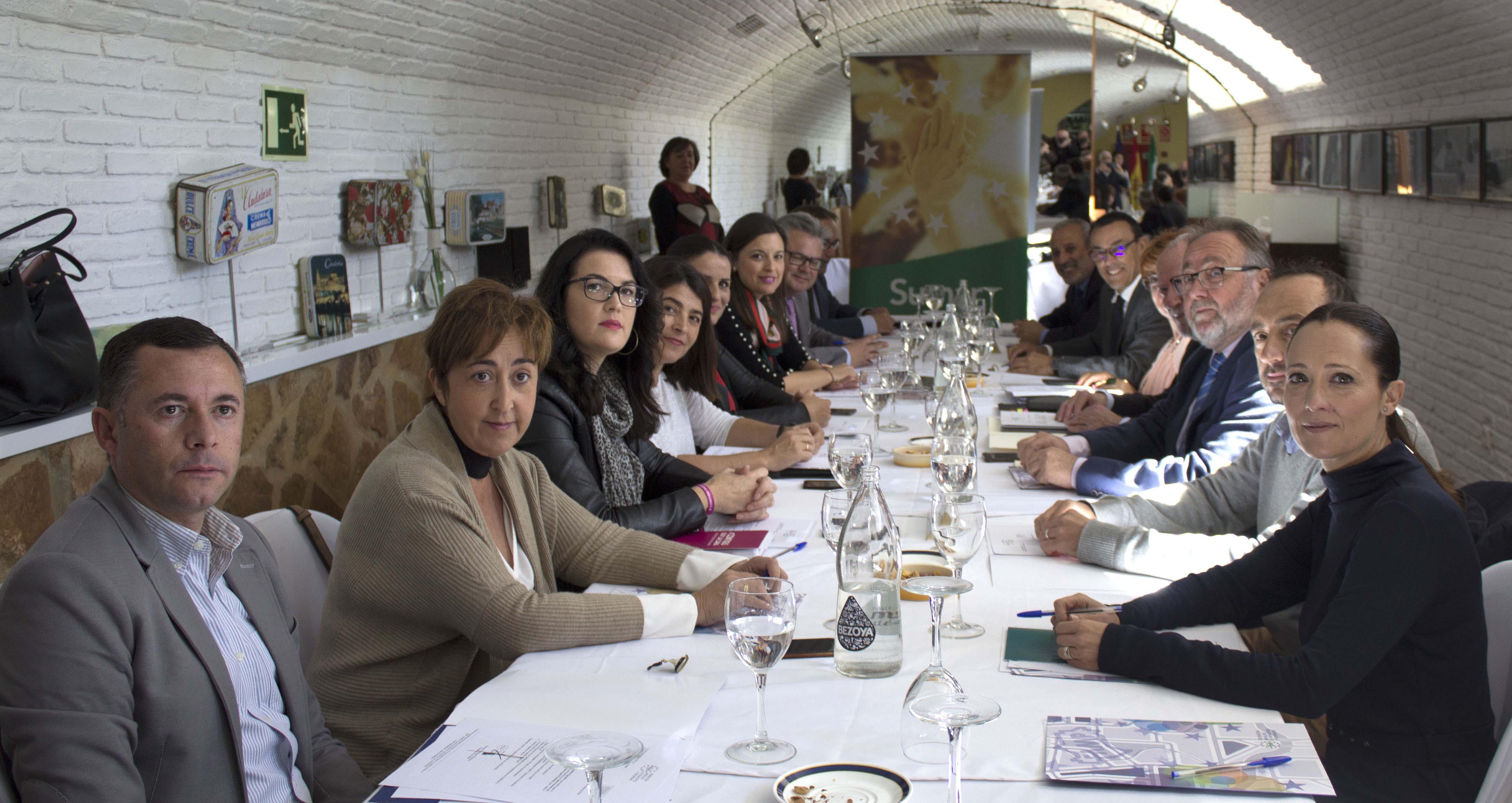 Foto de grupo de la Ejecutiva de la Famp