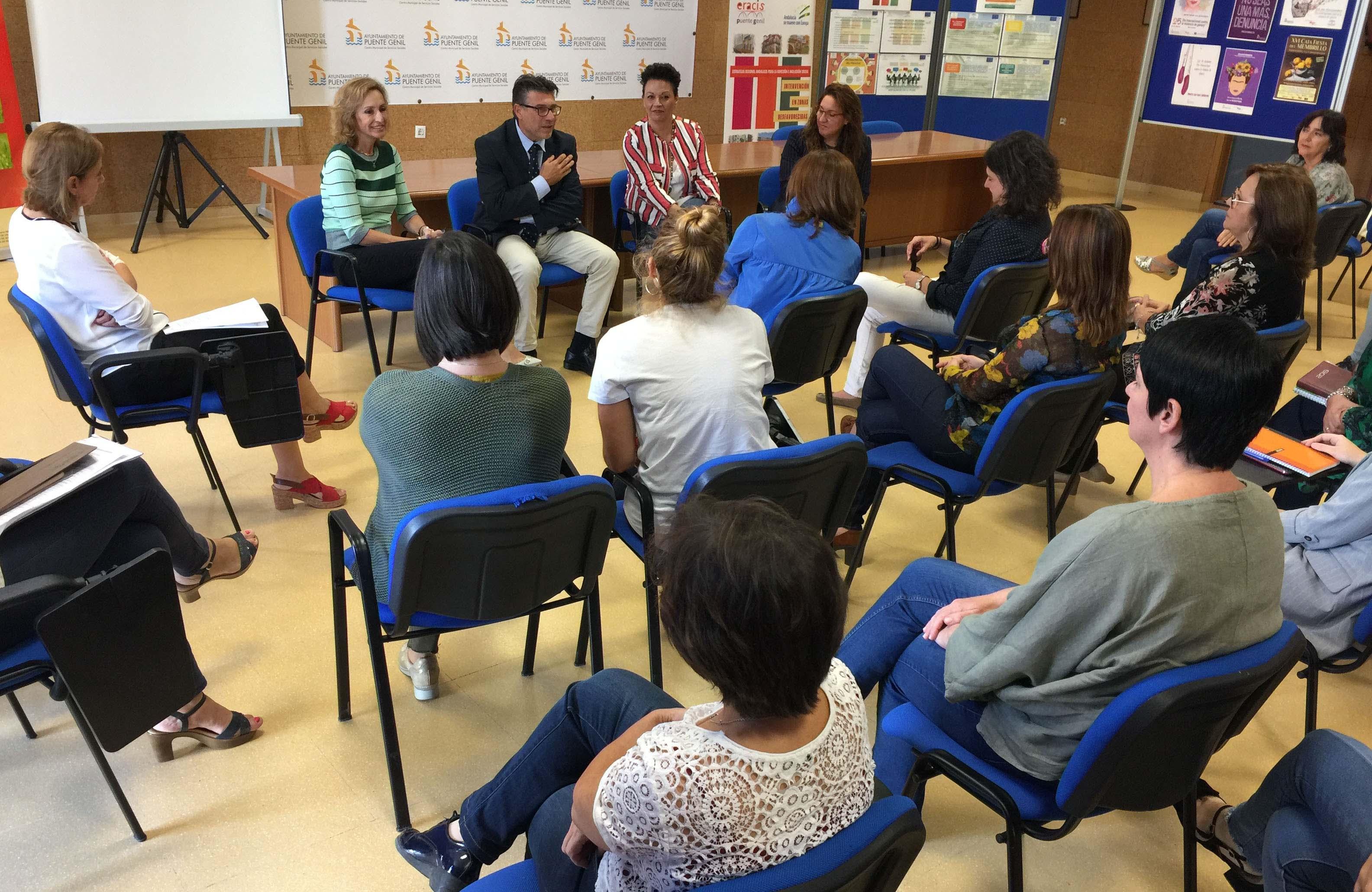 Reunión en los Servicios Sociales