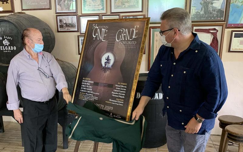 El alcalde y el cantaor descubren el cartel