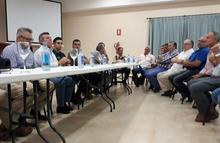 Reunión en la cooperativa La Pontanense