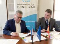 Firma de convenio entre Puente Genil y Viimsi