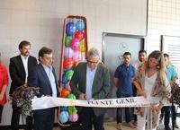 El alcalde asiste al acto de inauguración del nuevo restaurante McDonald's
