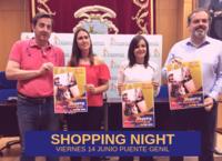 Presentado el cartel anunciador de una nueva edición de la 'Shopping Night'